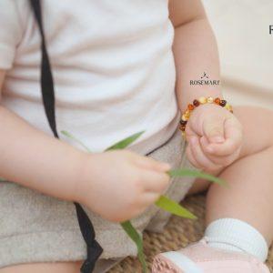 vòng tay hổ phách Baltic màu mix trẻ em
